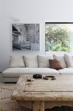 Coastal Style: rustic table + comfy sofa. Bleached Timber