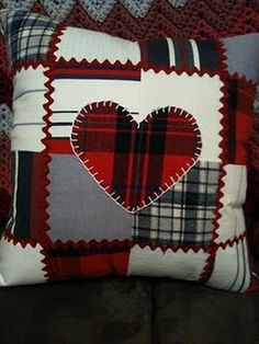 patchwork pillow from grandpas shirts. A memory gift. - Awsome Shirts - Ideas of Awsome Shirts - patchwork pillow from grandpas shirts. A memory gift. Patchwork Cushion, Patchwork Patterns, Quilted Pillow, Quilt Patterns, Patchwork Heart, Sewing Pillows, Diy Pillows, Cushions, Pillow Ideas
