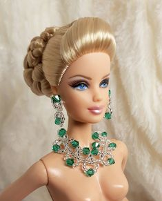 Handmade Sea Green Crystal Clear Bead Earrings Necklace Jewelry For Silkstone Barbie Hair, Doll Hair, Barbie Clothes, Homemade Dolls, Barbie Doll Accessories, Wedding Doll, Jewelry Model, Women's Jewelry, Vintage Barbie Dolls