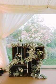 baby's breath and wooden crates | www.onefabday.com
