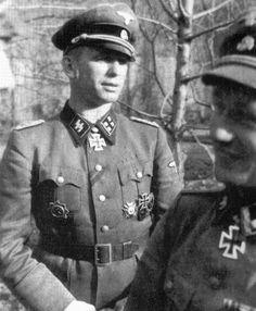 卐 SS-Brigadeführer und Generalmajor der Waffen-SS Kurt (Panzer) Meyer