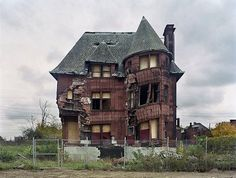 Marieaunet: Art Of Decay / Ghost Town / Abandoned Places