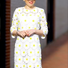 """Daisy shift dress Brand new condition Detailed with a bodice made of daisy blossoms and cutout details. Crew neckline, exposed zip closure in the back, lined, mid sleeves, hand wash, 100% polyester. Length 37"""" (94 cm); Bust 30.5"""" (78 cm); Waist 26.5"""" (68 cm); Shoulder 13.5"""" (34 cm); Sleeves 15"""" (38 cm) Dresses Mini"""
