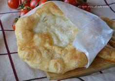 Pizza fritta,una ricetta tipica napoletana,sfiziosa e saporita