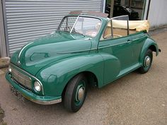 Classic Morris cars & Hard to find parts for sale in USA, Europe, Canada & Australia. Also tech specs & photos of Morris cars manufactured from 1924 to 1984 Morris Minor, Classic Mercedes, Small Cars, Car Pictures, Car Pics, Vintage Cars, Cool Cars, Convertible, Classic Cars