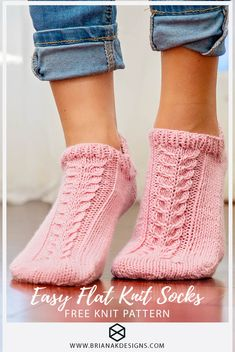 An easy one skein knit project! Perfect for the beginner not yet ready to work in the round. The Whims Flat Knit Socks are knitted on flat knitting needles. Knitted Socks Free Pattern, Loom Knitting Patterns, Crochet Socks, Knitted Slippers, Knitting Stitches, Knitting Designs, Knitting Socks, Free Knitting, Knit Socks