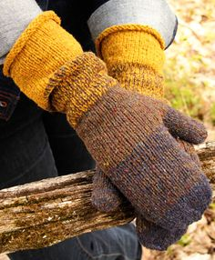 Briar mittens : Knitty First Fall 2014 Really want to make these!