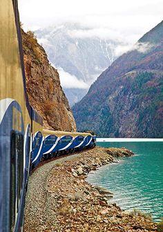 10 συγκλονιστικά ταξίδια με τρένο