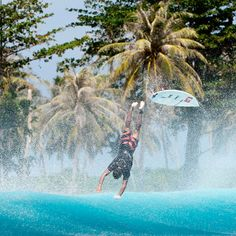 Dimitri Ouvre pulling the exit chord! #EnjoyTheBoardshorts #quiksilver Photo by Testemale