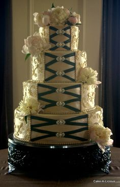 #Corset wedding cake