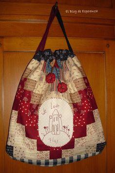 El Blog de Esperanza. Patchwork Bags, Quilted Bag, Sewing Crafts, Sewing Projects, Diy Crafts, Craft Bags, Handmade Handbags, Fabric Bags, Bag Making