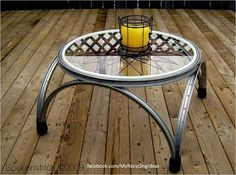 Bycicle wheel table