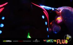 We hate the fluo - Round 1 by ottomila460.deviantart.com