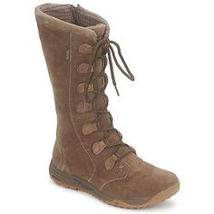 You know their outdoor sports sandals, but have you seen their snow boots? From Teva, free delivery @rubbersole !