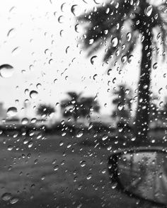 """Raining day. #Sharjah #rain #winter #uae #yahia #iphonegraphy #iphone6sphoto #iphone6sphotography #blackandwhite by yahiaaldamani Follow """"DIY iPhone 6/ 6S Cases/ Covers/ Sleeves"""" board on @cutephonecases http://ift.tt/1OCqEuZ to see more ways to add text add #Photography #Photographer #Photo #Photos #Picture #Pictures #Camera #Only #Pic #Pics to #iPhone6S Case/ Cover/ Sleeve"""