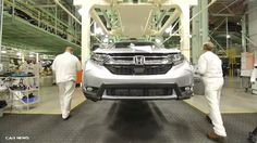 SUBSCRIBE for New Cars:  https://www.youtube.com/c/wmediatv?sub_confirmation=1  2017 Honda CR V Factory Honda has pulled the wraps off an all-new fifth-generation Honda CR-V America's best-selling SUV over the past 20 years. The completely redesigned and reengineered 2017 CR-V going on sale winter 2016 boasts bold new styling a more premium interior the model's first-ever turbocharged engine and a host of new features and technologies aimed at maintaining CR-V's status as the outright…
