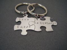 Long Distance Relationship, Love Knows No Distance, LDR Gift, Anniversary Gift,Couple Gift, Boyfriend Girlfriend Gift, Couples Keychains