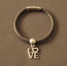 Bracelet Love by UneDemiLune on Etsy