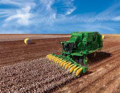 New John Deere CS690 Cotton Stripper Maximizes Harvest Efficiency John Deere Equipment, Heavy Equipment, Agricultural Implements, Texas Farm, Modern Agriculture, New Tractor, Rio Grande Valley, Building Systems, John Deere Tractors