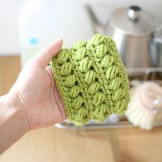 厚めのアクリルたわし_かぎ針編み                                                                                                                                                                                 もっと見る