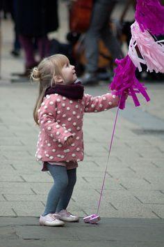 | Babiekins Magazine |Pretty In Pink Balloon Tassle |