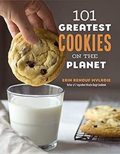 101 Greatest Cookies on the Planet: Mylroie, Erin: 9781645670872: Amazon.com: Books Chocolate Chip Walnut Cookies, Molasses Cookies, Mini Chocolate Chips, Oatmeal Cookies, Giant Chocolate, Nutella Sandwich, Sandwich Cookies, Lava Cookies, Yummy Cookies