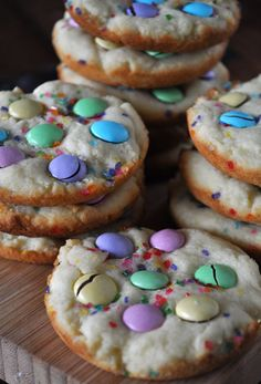 Easter Confetti Cookies- sugar cookies with Easter M&M's