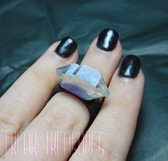 Iridescent resin ring, for the black lovers! 7US size Thank you for visiting, see you soon!