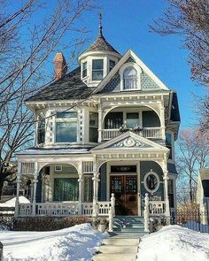 old house design architecture ; alte hausdesignarchitektur old house design architecture ; Brick old architecture. Model old architecture. With Modern old architecture Victorian Homes Exterior, Victorian Style Homes, Victorian Architecture, Architecture Design, Cottage Exterior, Victorian Houses, Victorian Cottage, Architecture Memes, Computer Architecture