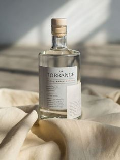 The Torrance Gin Is Bringing The Elegance With a Minimalistic & Chic Look | Dieline