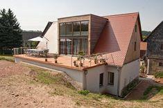 Neue Dachgaube mit Terrasse: von ahoch4 Architekten Ingenieure Designer