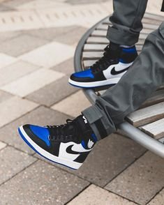 Jordan 1 Blue, Jordan 1 Royal, Jordan 1 Retro High, Jordan 11, Blue Jordans, Jordans Girls, Nike Air Jordans, Sneakers Mode, Blue Sneakers