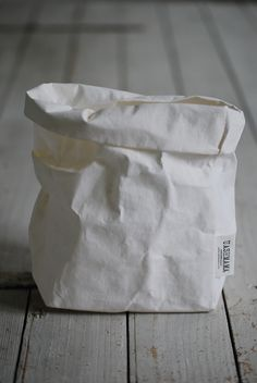 UASHAMA - PAPERBAG - WHITE M Jewellery, Products, Home, Jewels, Jewelry Shop, Schmuck, Gadget, Jewelery