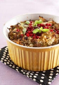 Perinteinen kaalilaatikko // Traditional Cabbage Casserole Food & Style Elisa Johansson Photo Timo Villanen Maku 4/2008, www.maku.fi