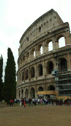 Reisebericht über Rom: http://wp42.hkv-sh.ch/rom-italien/