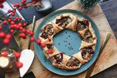Wine Cheese, Christmas Baking, Vegetable Pizza, Tapas, Quiche, Baking Recipes, Waffles, Brunch, Recipies