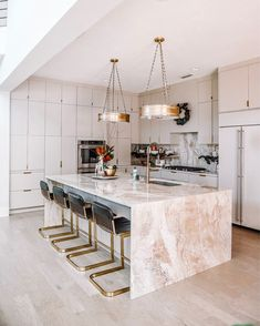Different Interior Decorating Styles For a Living Room Apartment Kitchen, Home Decor Kitchen, Kitchen Interior, Diy Home Decor, Interior Design Career, Interior Decorating Styles, Cuisines Design, Küchen Design, Modern Kitchen Design