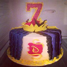 Disneys descendants cake