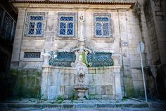 Chafariz de São Miguel o Anjo / Fuente de San Miguel el Ángel / Fountain of St. Michael the Angel [2014 - Porto / Oporto - Portugal] #fotografia #fotografias #photography #foto #fotos #photo #photos #local #locais #locals #cidade #cidades #ciudad #ciudades #city #cities #europa #europe #turismo #tourism #baixa #cascoantiguo #downtown @Visit Portugal @ePortugal @WeBook Porto @OPORTO COOL @Oporto Lobers