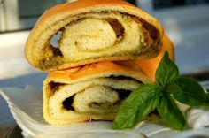 Cooking with Zoki: Štrudlica sa pestom