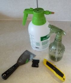 spray the ceilings with a water bottle.if before may be asbestosy, wear vapor/paint filter mask Paint Filter, Removing Popcorn Ceiling, Ceiling Painting, Ceiling Texture, Step By Step Painting, Home Repairs, Diy Home Improvement, Texture Painting