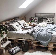 Boho Chic Interior Design - Bohemian Bedroom Design - Josh and Derek Dream Rooms, Dream Bedroom, Room Ideas Bedroom, Bedroom Decor, Wall Decor, Cozy Room, Aesthetic Bedroom, My New Room, Modern Bedroom