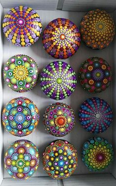 Don't be discouraged, a can of black spray paint and fabric paints. Grab some rocks and create! * not the traditional way of doing a Mandala bu Rock Painting Patterns, Dot Art Painting, Rock Painting Designs, Mandala Painting, Pebble Painting, Pebble Art, Stone Painting, Art Patterns, Mandala Painted Rocks