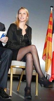 Marion Marechal Le Pen à Nice le 27 novembre 2015 Schmidt, Marion Marechal, Marine Le Pen, 4 Year Old Girl, Fishnet Leggings, Le Prix, Clash Royale, Lovely Legs, Sexy Skirt
