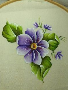 Pintura em Tecido: 75 Modelos de Flores + Riscos Grátis Lifestyles, lifestyles and standard of living The interdependencies and networks … Fabric Paint Shirt, Fabric Painting, Painting & Drawing, Painting Patterns, Fabric Paint Designs, Toilet Paper Crafts, Hand Painted Fabric, Color Magic, One Stroke Painting