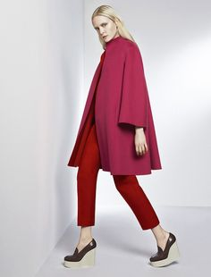 Max Mara RIVA red: Reversible two-tone coat.  Want it in Beige!!!