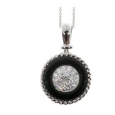 Pre-owned Platinum with Onyx & 0.30ct Diamond Rope Border Pendant... ($2,155) ❤ liked on Polyvore featuring jewelry, necklaces, round pendant necklace, platinum jewellery, pre owned jewelry, onyx jewelry and onyx necklace