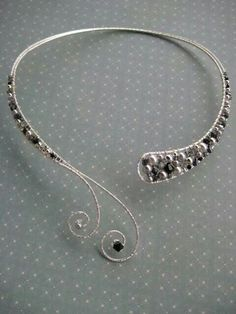 Wire wrapped beaded choker black and silver beads