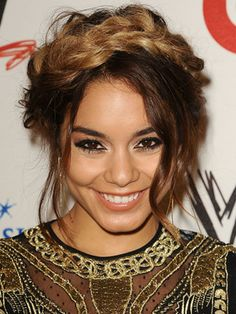 Vamessa Hudgens Hair and Makeup Pictures - Photos of Vanessa Hudgens Hairstyles and Makeup Looks - Seventeen