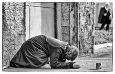 The other face of Rome... - HomeLess, HomeLessNess, Sans Abris, Obdachlos, Senza Dimora, Senza Tetto, Poverty, Pobreza, Pauvreté, Povertà, Hopeless, JobLess, бідність, Social Issues, Awareness